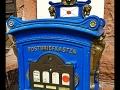 Briefkasten am historischen Postamt